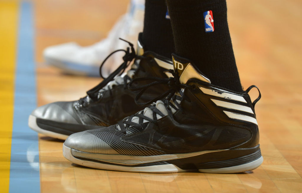 Close-Up // Tim Duncan wearing adidas Crazy Fast 'Away' PE