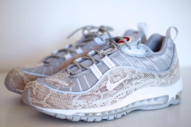 Supreme x Nike Air Max 98 White (1)