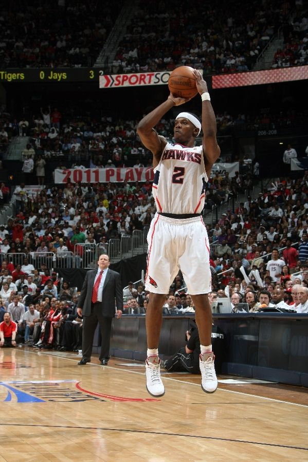 Joe Johnson wearing the Jordan Prime 5