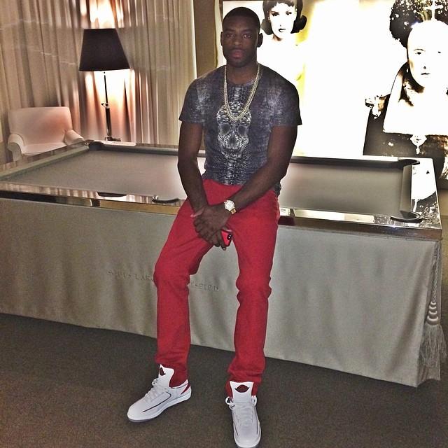 37556c02043a16 Tyreke Evans wearing Air Jordan II 2 White Red