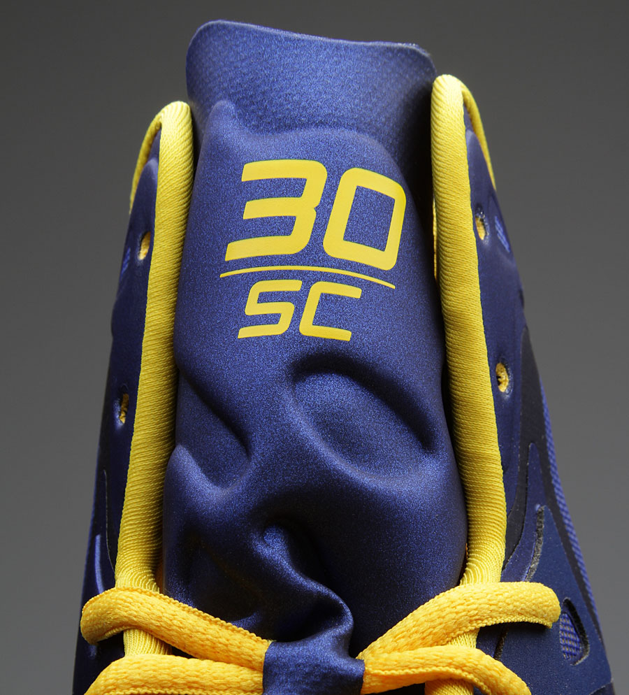 Stephen Curry's Under Armour Anatomix Spawn 'Away' Royal PE // Close-Up (2)