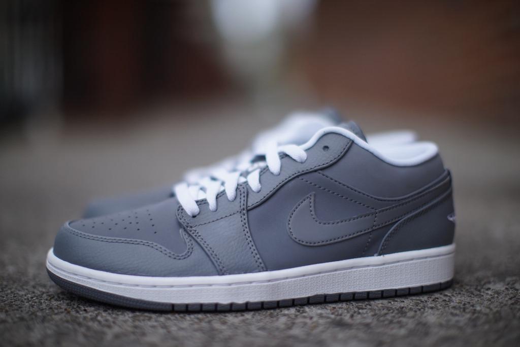 d4fd669d79e8 Air Jordan 1 Retro Low  Cool Grey
