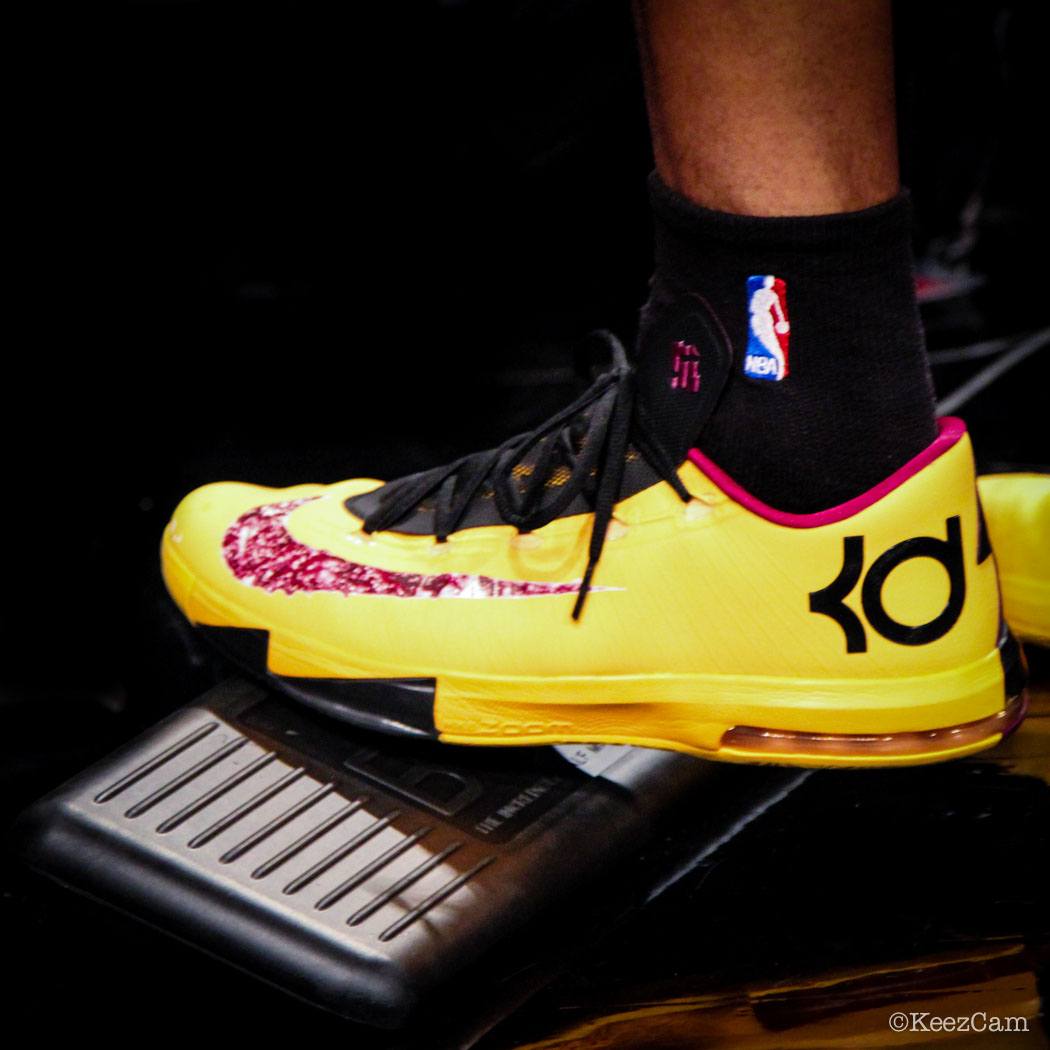 Sole Watch // Up Close At Barclays for Nets vs Cavs - Jarrett Jack wearing Nike Kd 6 Peanut Butter & Jelly