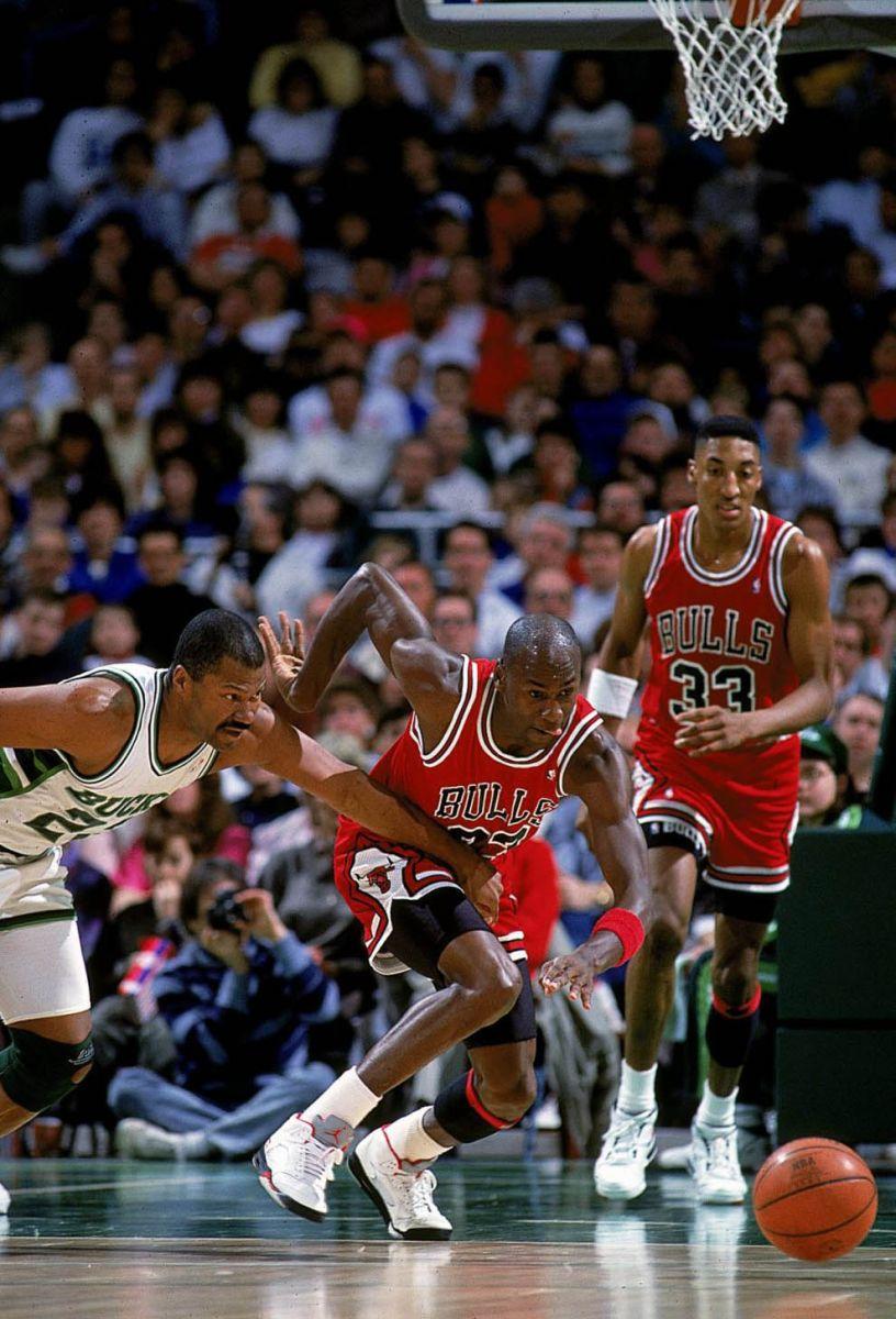 Michael Jordans World | Basketball Scores