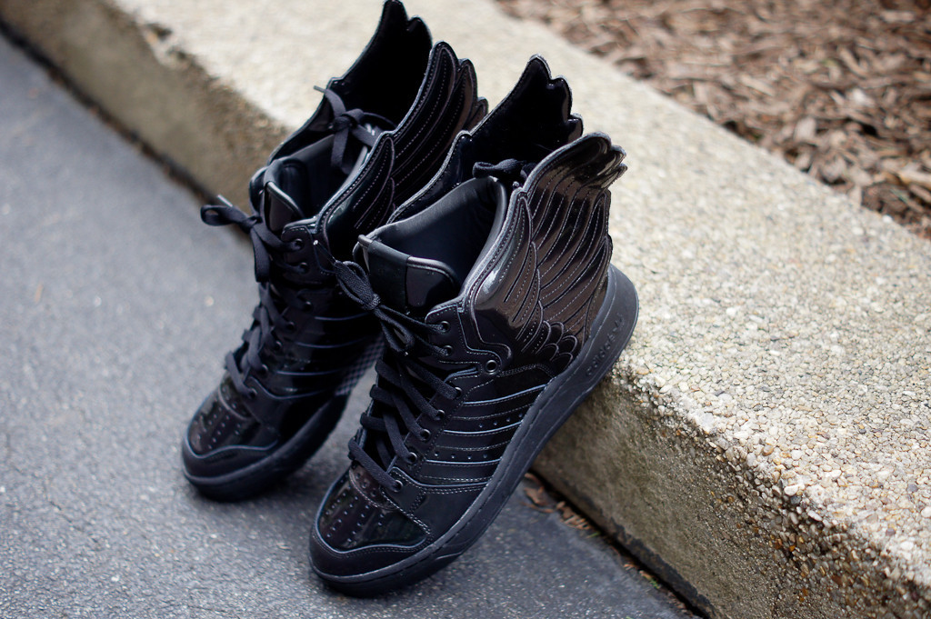 online store 69386 98048 adidas Originals by Jeremy Scott JS Wings - Metallic Black