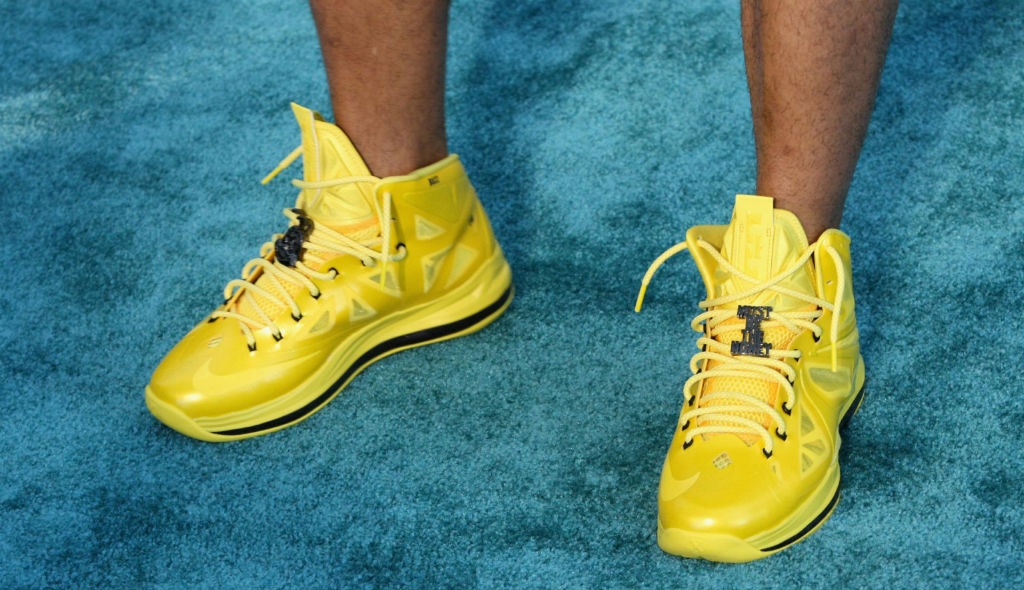 Nelly wearing Nike LeBron X Must Be The Honey
