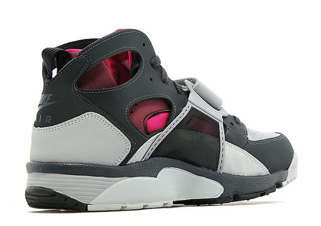 burgundy and pink accent this og nike air trainer huarache sole collector. Black Bedroom Furniture Sets. Home Design Ideas