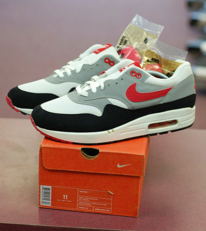Spotlight // Pickups of the Week 12.1.12 - Nike Air Max 1 by lemon_diesel