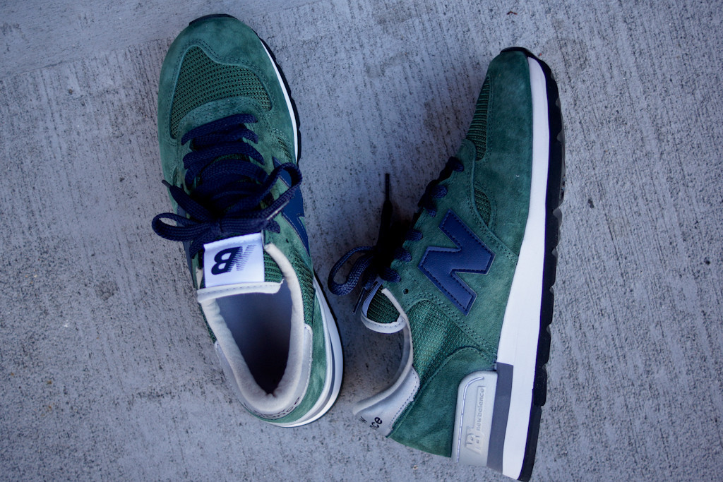 green new balance 990