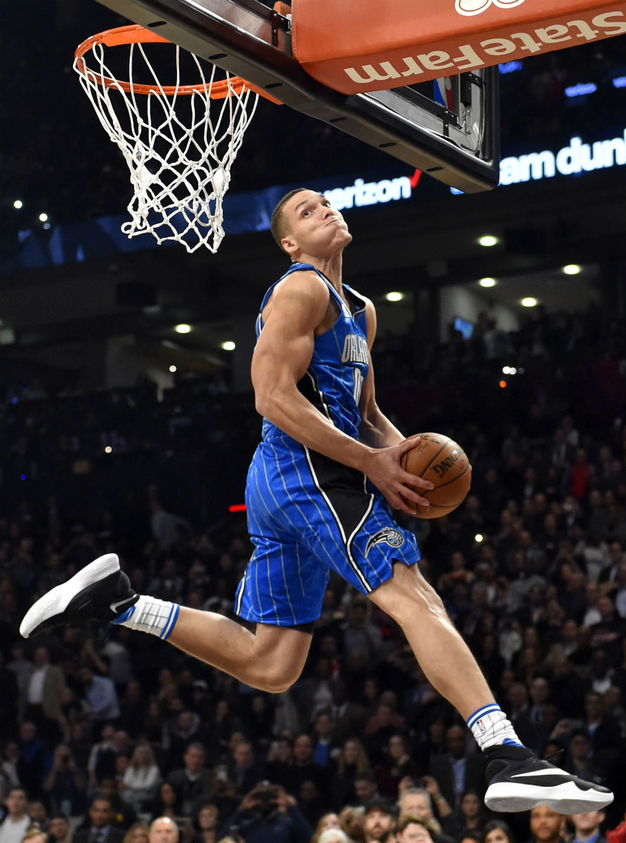 Aaron Gordon Wearing the Nike HyperRev 2016 (2)