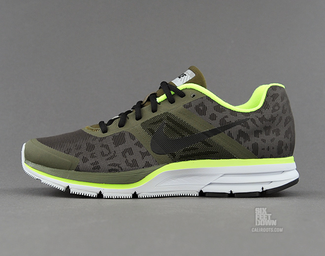 nike air pegasus 30 shield cheetah profile