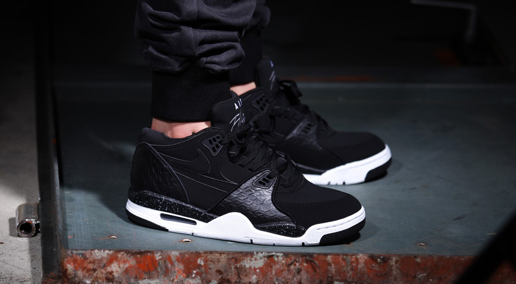 on sale 582ce 44f78 Black Leather Reptile Comes to the Nike Air Flight 89