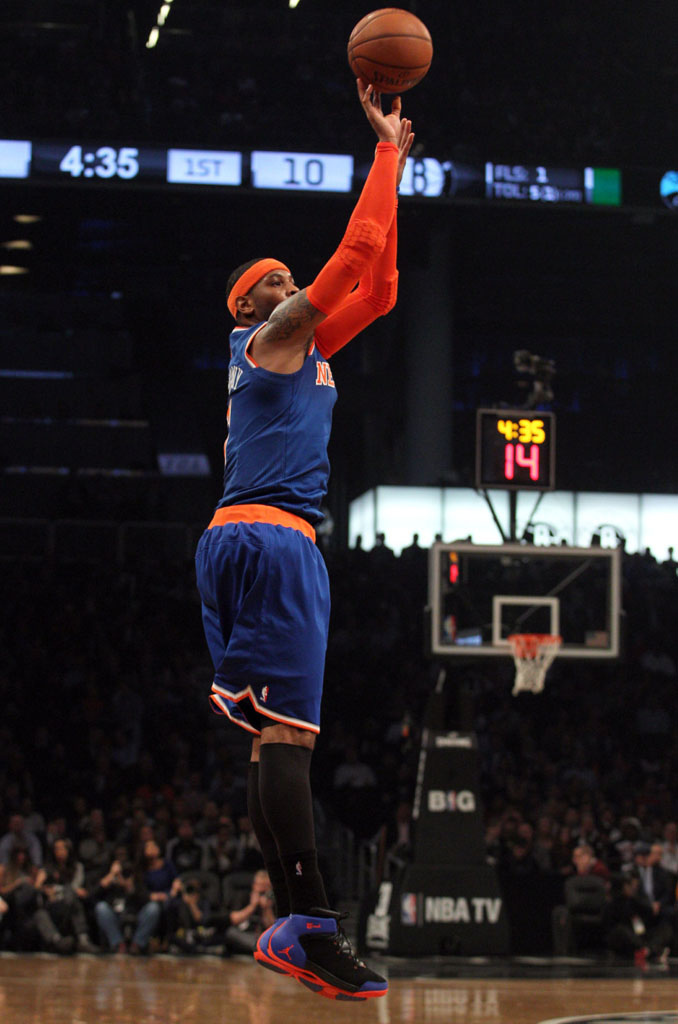 Carmelo Anthony wearing Jordan 1.5 Knicks Away (1)