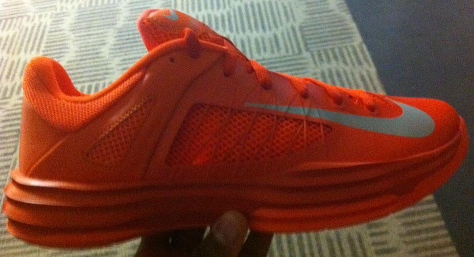 best cheap 054c5 08eac Nike Lunar Hyperdunk 2012 Low Orange (1)