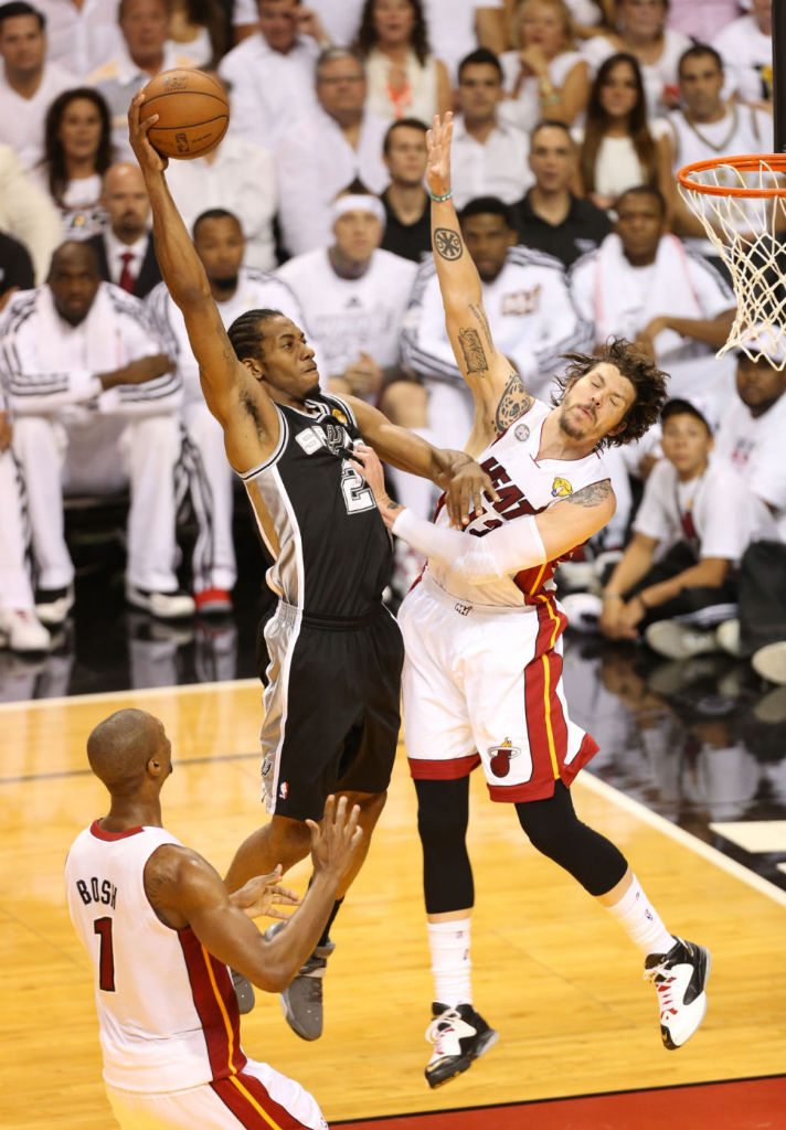Kawhi Leonard Posterizes Mike Miller In Nike Air Force Max 2013 (5)