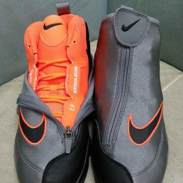wholesale dealer 5f983 88cd0 Nike Air Zoom Flight The Glove - Oregon State   Sole Collector
