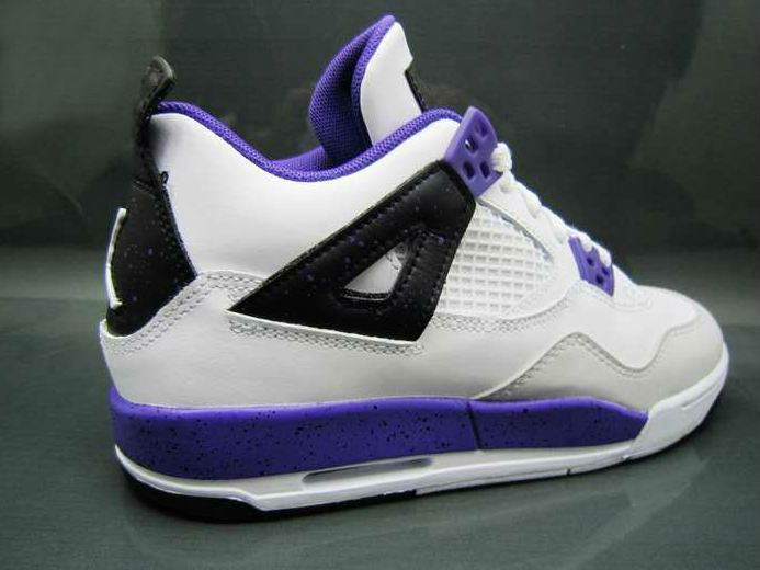pretty nice 9bb15 99234 Air Jordan Retro 4 GS - White/Ultraviolet-Black | Sole Collector