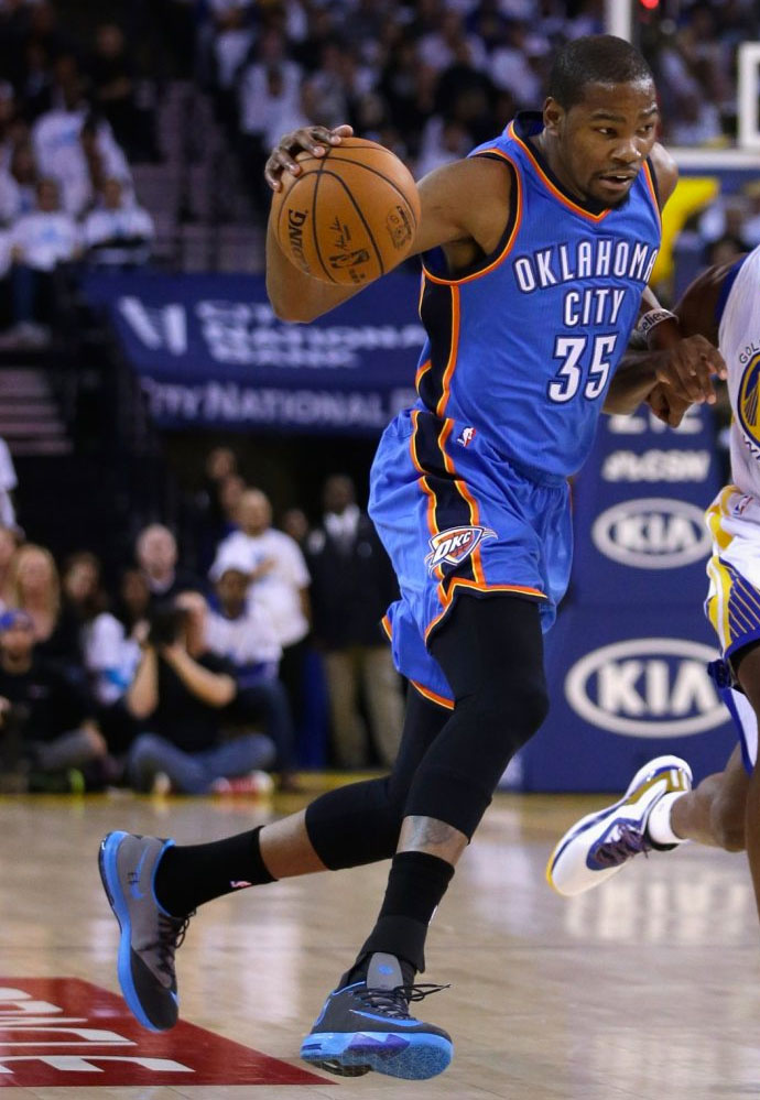 863a18f3616 SoleWatch  Kevin Durant Honors Stuart Scott On His Sneakers