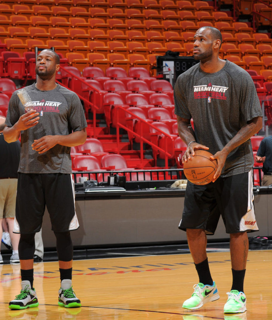 LeBron James wearing Nike Air Flow (4)