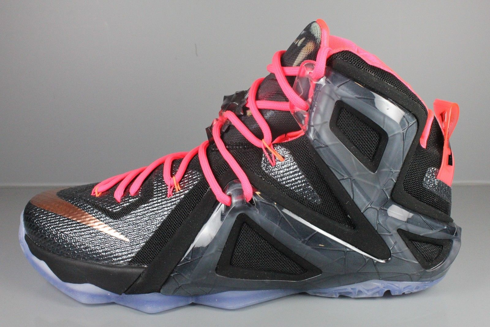 competitive price 7cca6 789b7 Images via eBay. by Brendan Dunne. Time is ticking on the Nike LeBron 12  Elite ...