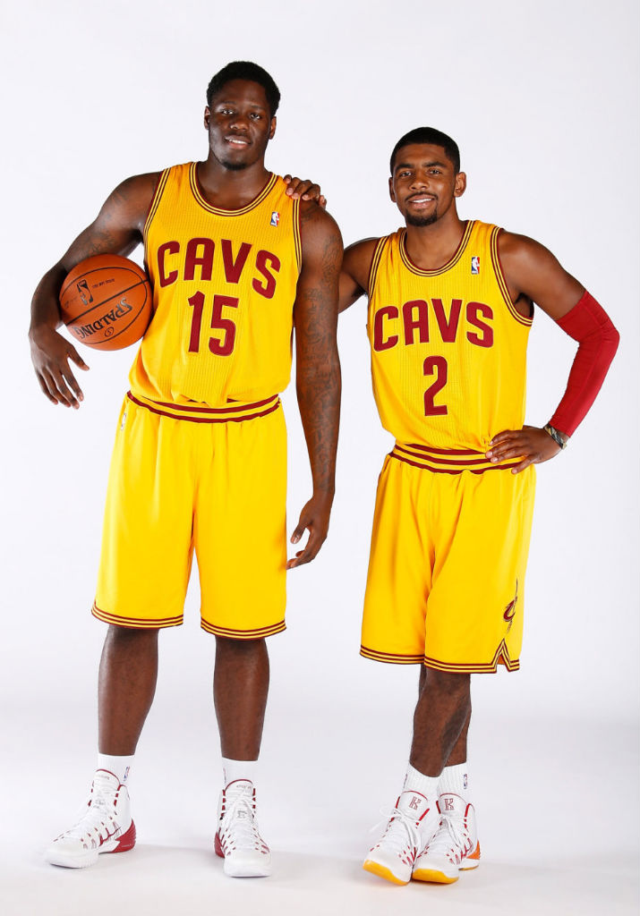 Anthony Bennett & Kyrie Irving wearing Nike Hyperdunk 2013