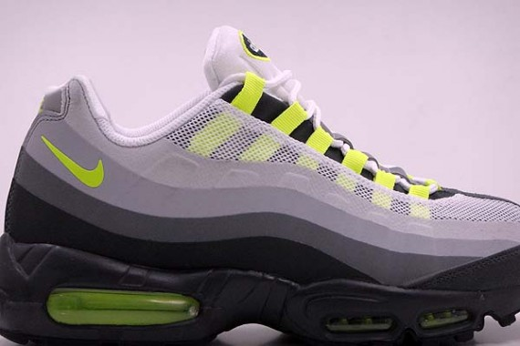 brand new d4093 197d3 Nike Air Max 95 No-Sew - Neon - New Images | Sole Collector
