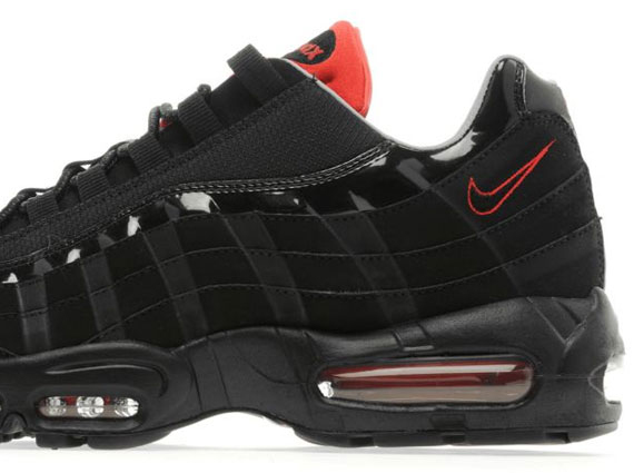 newest 00fbd 907b0 Nike Air Max 95 - Black/Universal Red | Sole Collector
