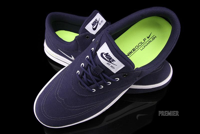 huge selection of da9d7 80499 Nike Lunar Swingtip CVS - Blackened Blue   White