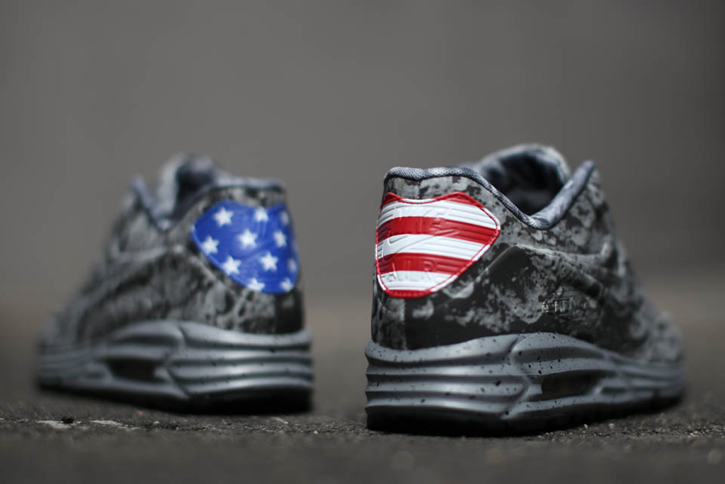 design intemporel 439ed d48b4 Nike Air Max Lunar90 SP 'Moon Landing' | Sole Collector