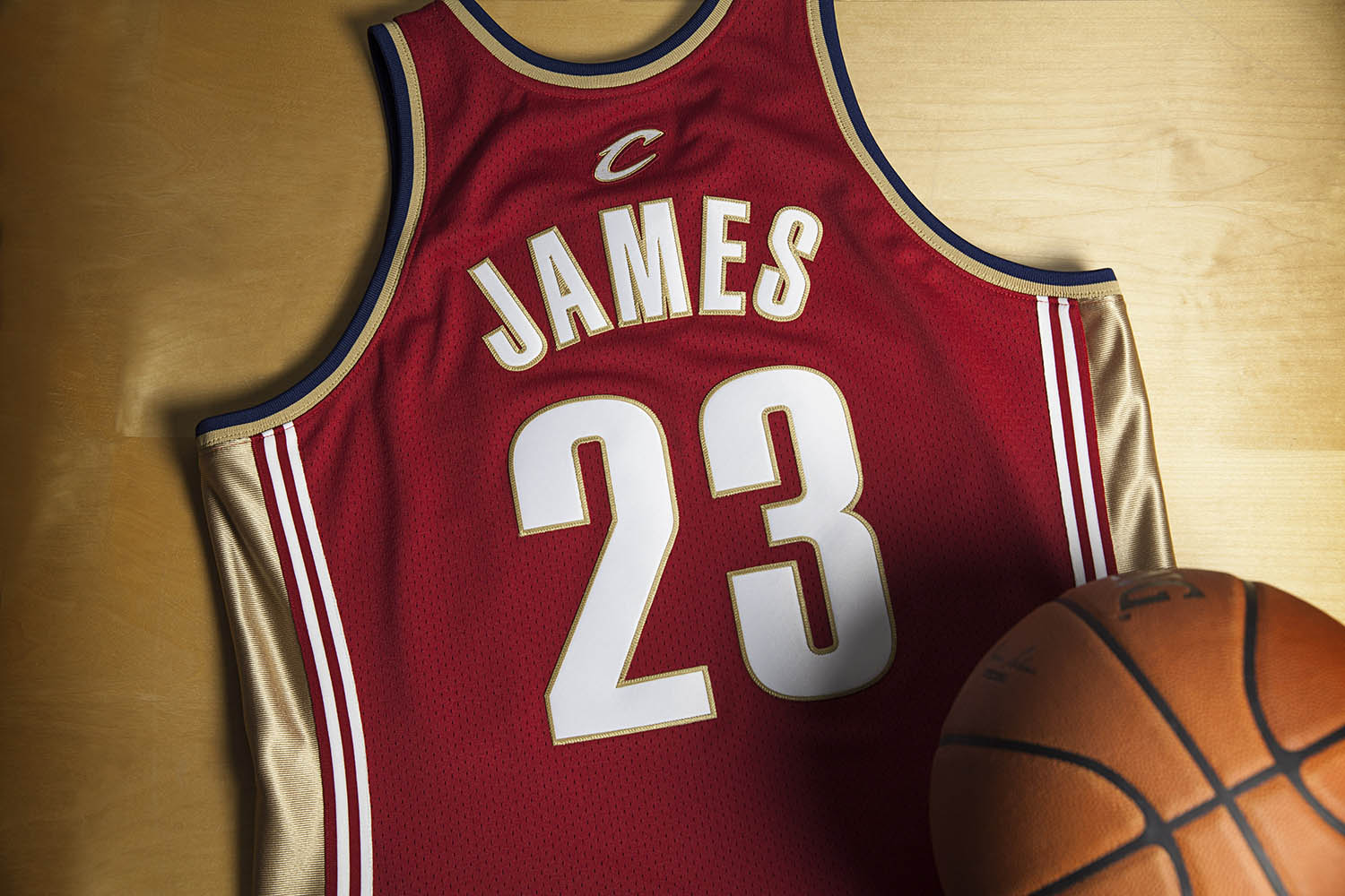 Mitchell & Ness LeBron James Rookie Jersey Number