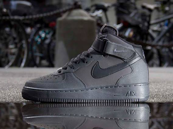 nike air force 1 mid grey red