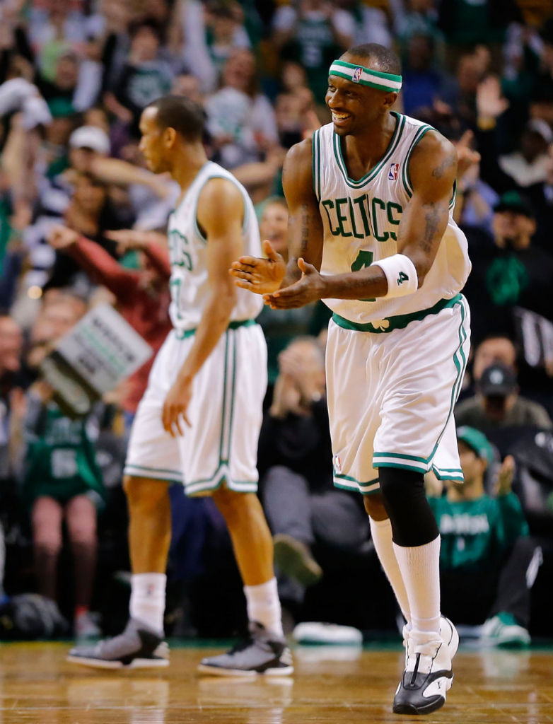 Jason Terry wearing Reebok Answer IV White Black