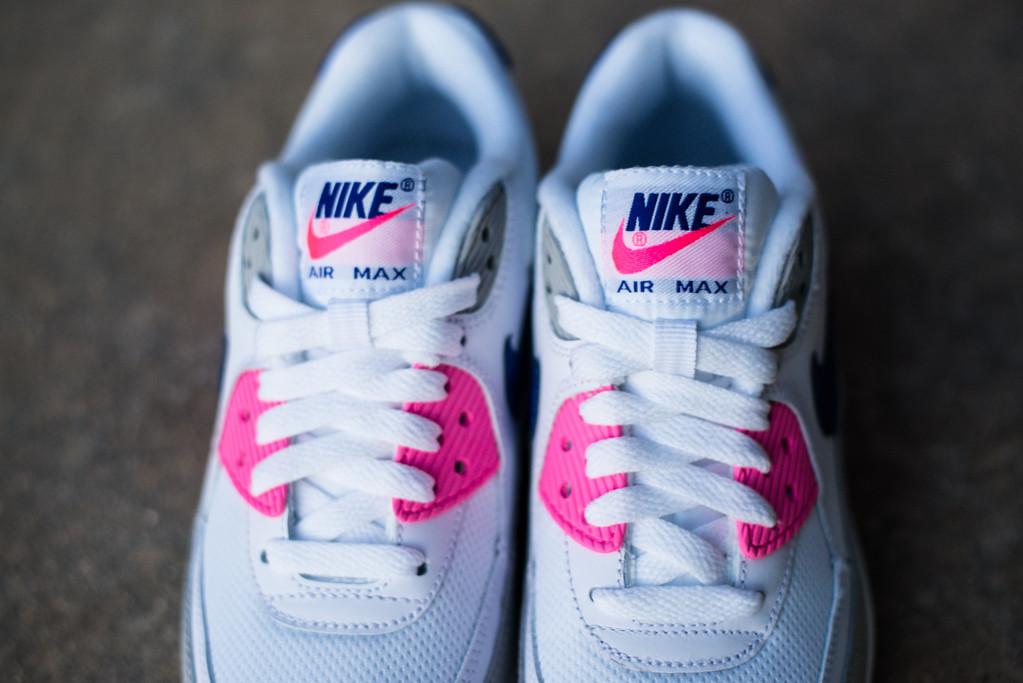 nike air max 90 pink blue white