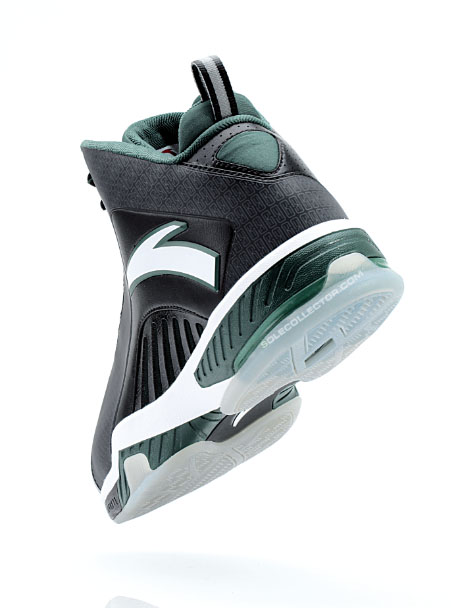 ANTA KG 3 III Boston Away Black White Green (6)