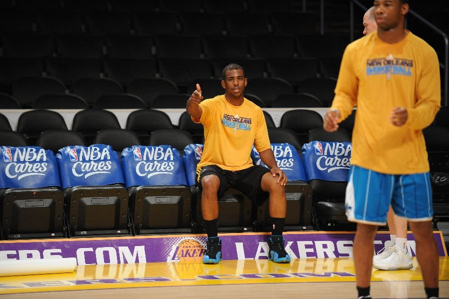 Chris Paul wearing the Air Jordan XII