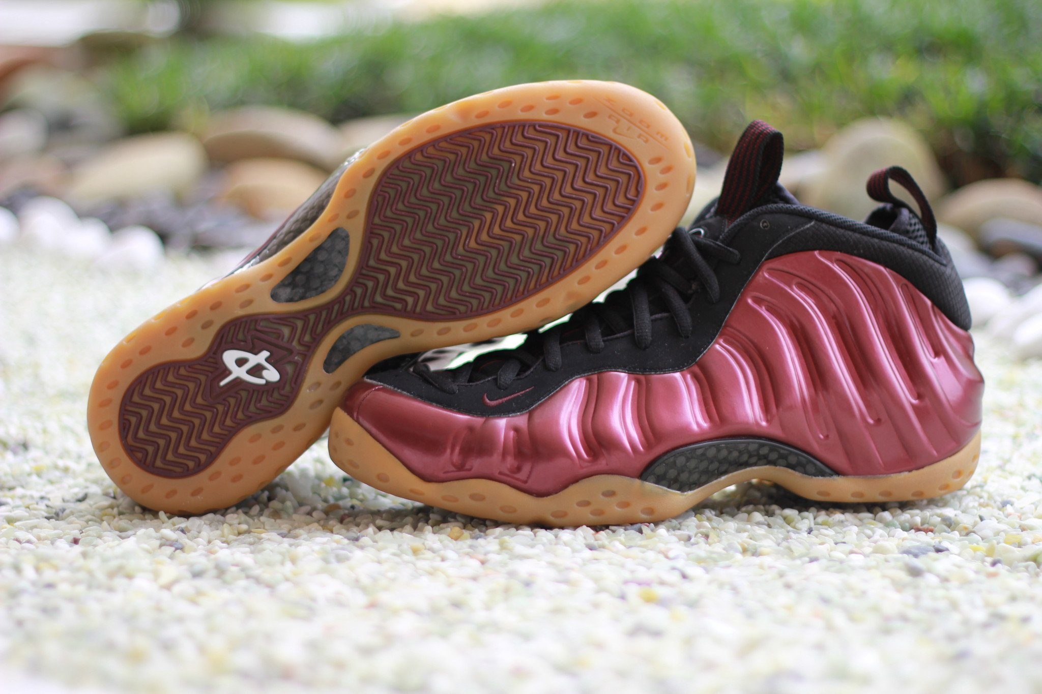 Maroon Nike Air Foamposite One Sole 314996-601