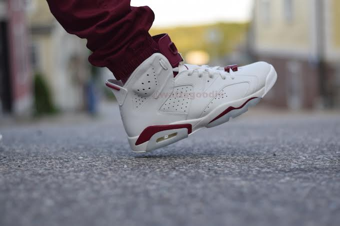 Air Jordan 6 Maroon On-Foot 384664-116 (4)