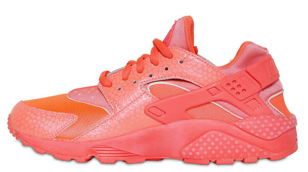 7d595d77b9de This all-red Nike Huarache release will be available this summer at  retailers like Luisa Viaroma.