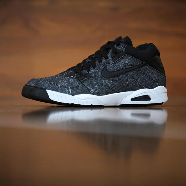 Did Andre Agassi s Denim Shorts Inspire This Nike Air Tech Challenge ... e88014be3e