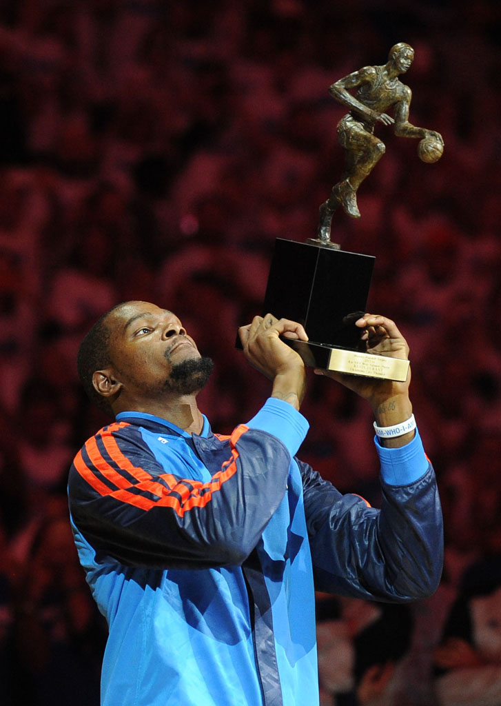 Under Armour Makes Official 10-Year, $285 Million Dollar Offer to Kevin Durant (2)
