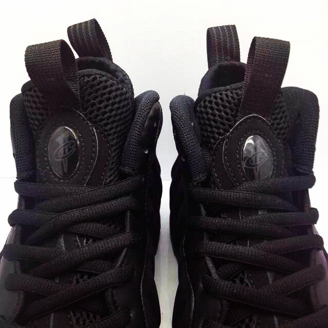Nike Air Foamposite One Black Suede (4)