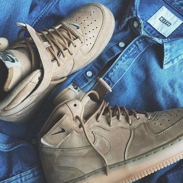 discount sale a5fc4 53feb Nike Air Force 1 Mid