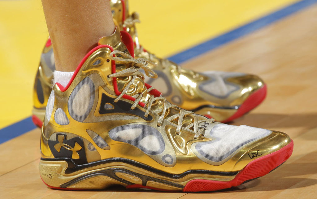 Stephen Curry wearing Under Armour Anatomix Spawn Awards Season