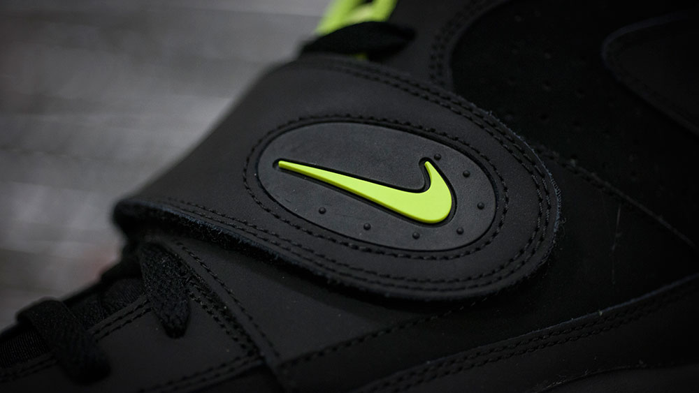 Nike Air Mission Black/Volt (3)