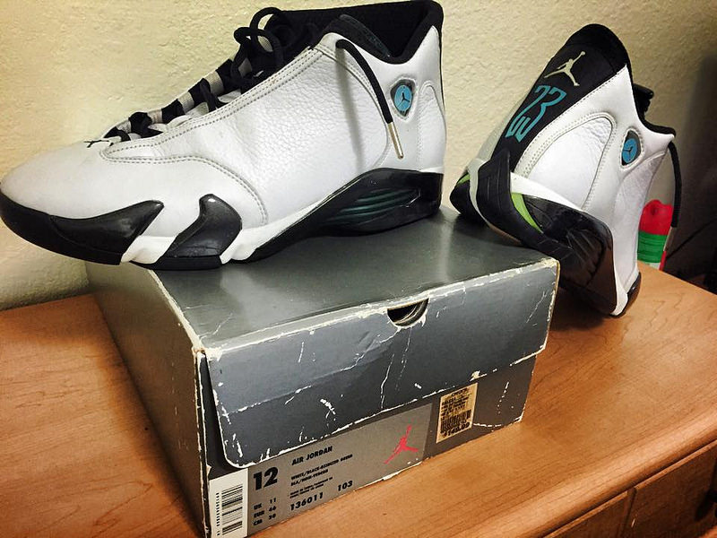 detailed pictures a24d6 c101f spain air jordan 14 thunder dtlr cdceb 9eb53