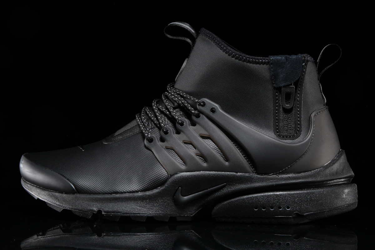 fde0c2f4feed Nike Air Presto Mid Utility Triple Black Side
