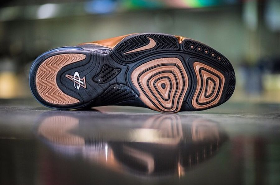 Nike Air Penny 6 Copper Release Date (2)