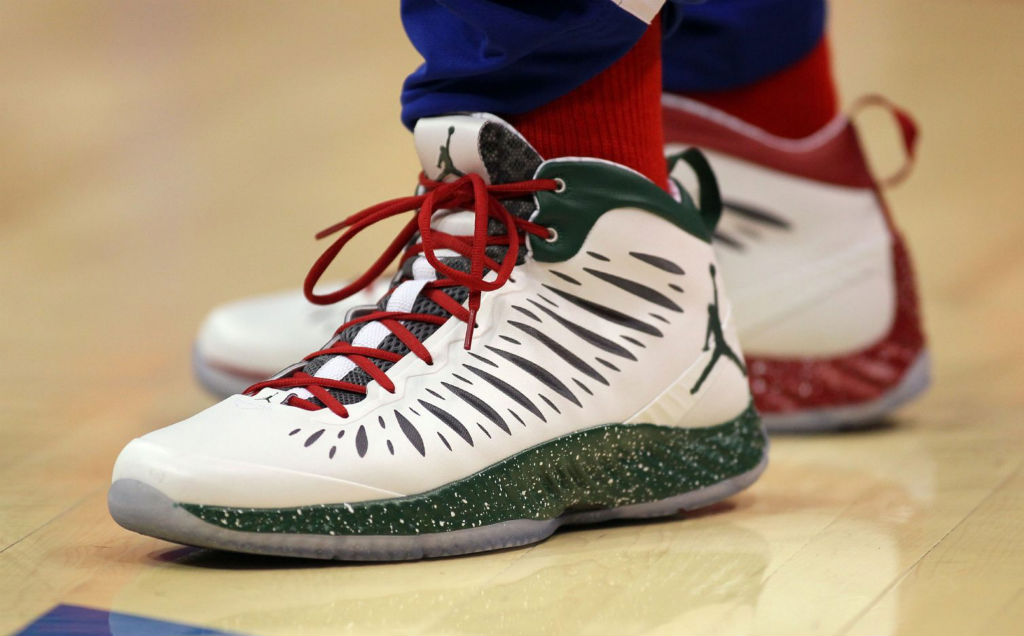 Blake Griffin wearing Jordan Super.Fly Christmas PE (9)