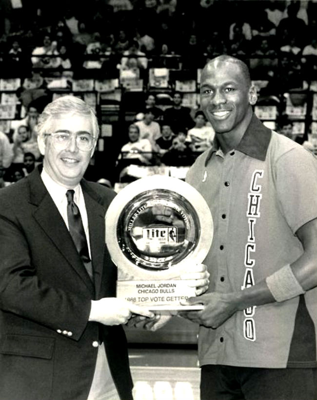 #2350 // 50 Classic Michael Jordan All-Star Game Photos (40)