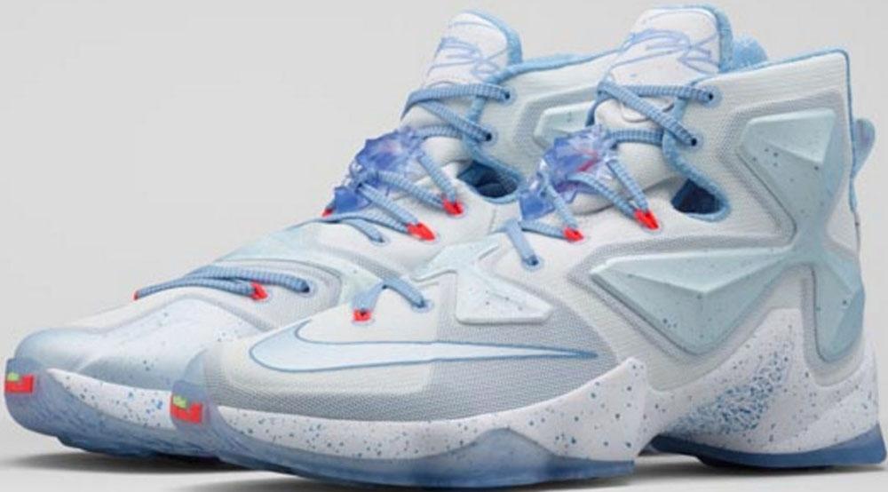 Nike LeBron 13 Christmas